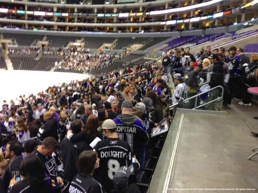 LA Kings Meet The Players-H20 - 4462