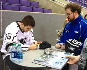 LA Kings Meet The Players-H20 - 4477