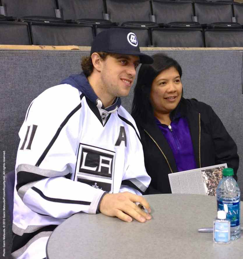 LA Kings Meet The Players-H20 - 4497