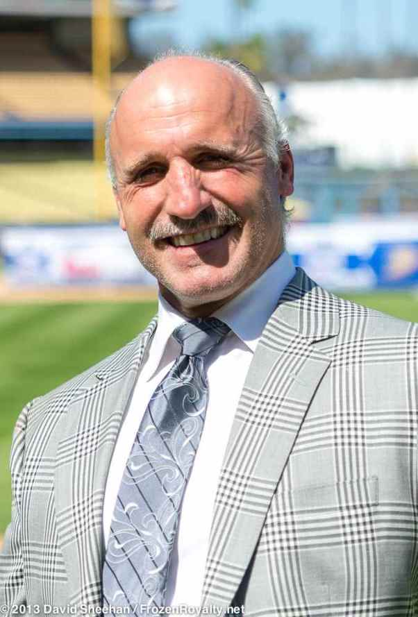 LA Kings radio color commentator Daryl Evans