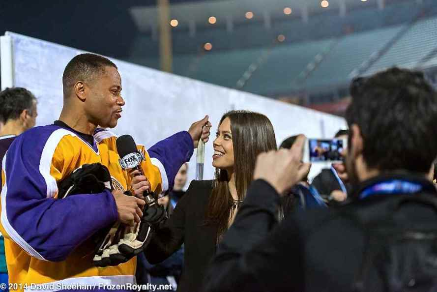 Cuba Gooding, Jr. being interviewed by Fox Sports West's Alex Curry
