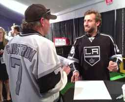 Center Jarret Stoll with a fan