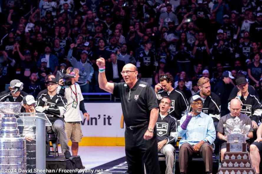 """Hall-of-Fame """"Voice of the Kings"""" Bob Miller"""